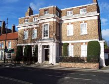 Attractive Ground Floor Office TO LET in an Elegant Listed Building in Acomb, York