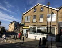 Restaurant premises TO LET or may sell, ideal for Italian or Chinese Cuisine, High Street, Yeadon, Leeds, LS19 7SP